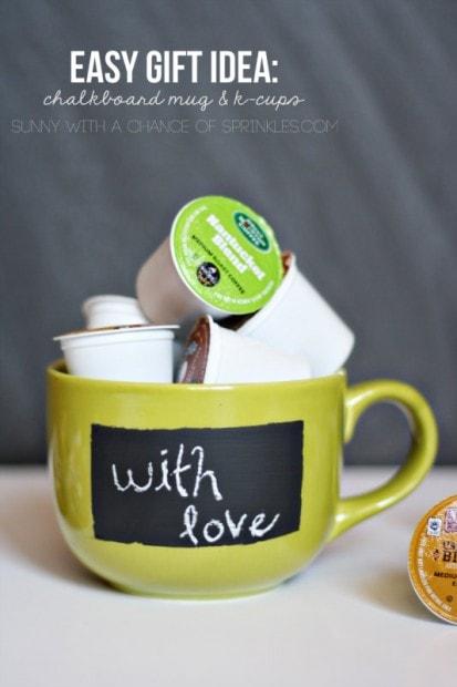 10+ Super Cute DIY Valentine Chalkboard Crafts: Chalkboard mug and k-cups