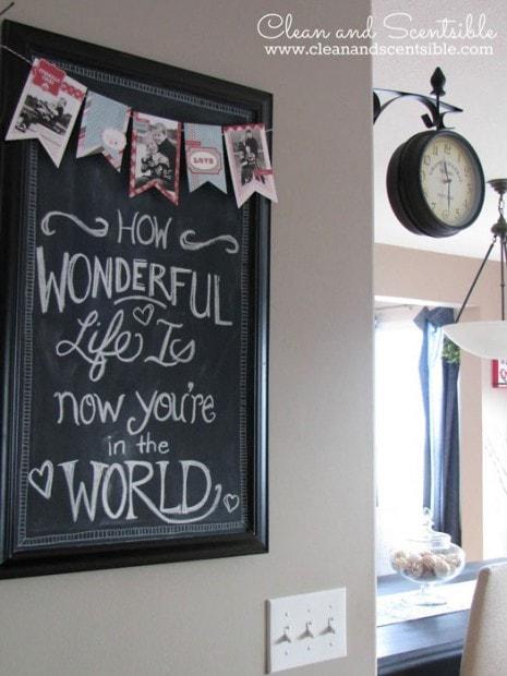 10+ Super Cute DIY Valentine Chalkboard Crafts: Photo banner on valentine chalkboard
